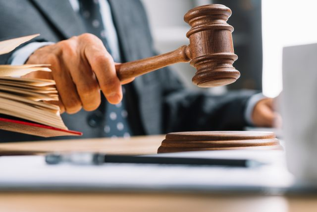 O estatuto RNH e o juíz fiscal francês